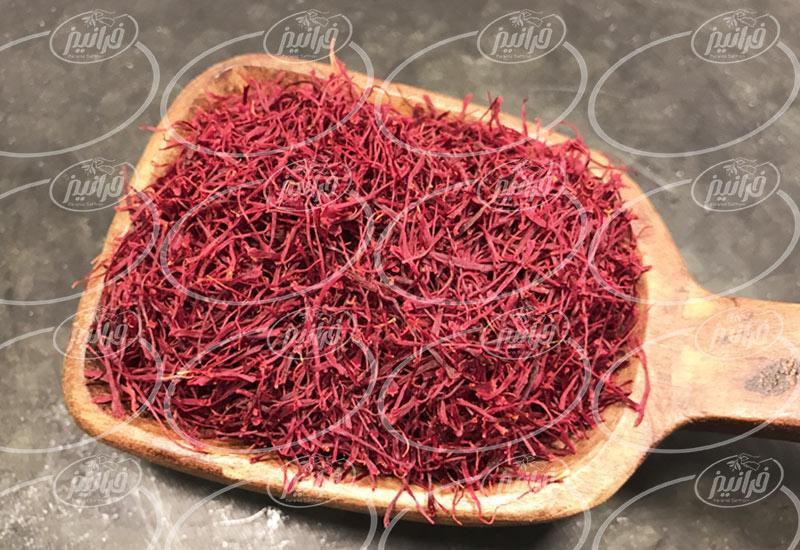 قیمت زعفران 10 گرمی پوشال و نگین