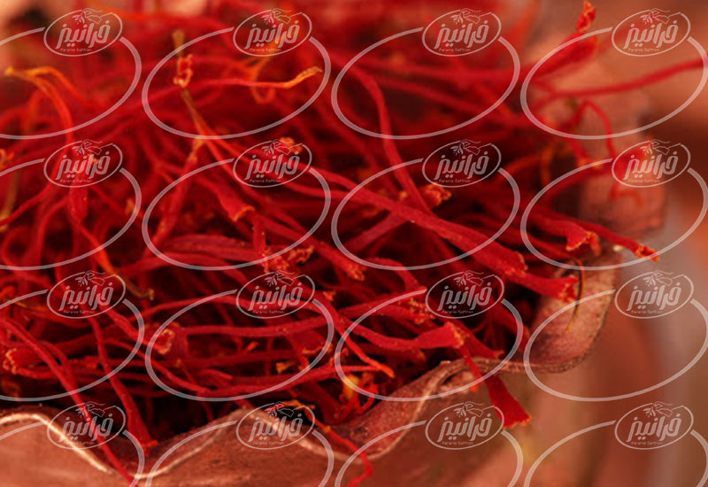قیمت زعفران به گرم در بزرگترین بازار مشهد
