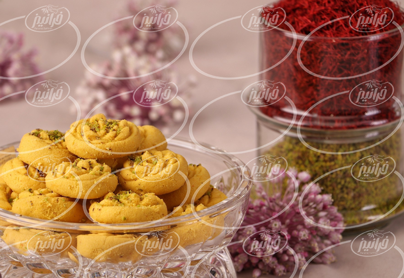 قیمت عصاره زعفران سرگل و نیلگون